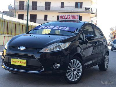 usata Ford Fiesta titanium 1,4tdi 5 porte nuova