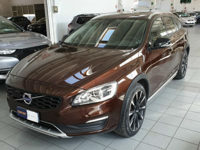 used Volvo V60 CC D4 Geartronic Summum