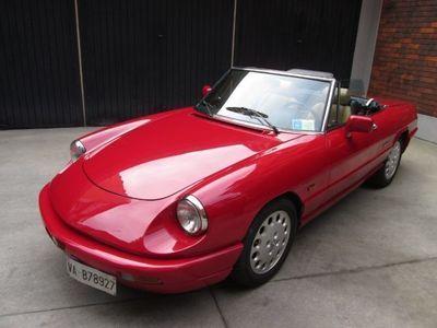 usata Alfa Romeo Spider 2.0i revisionato