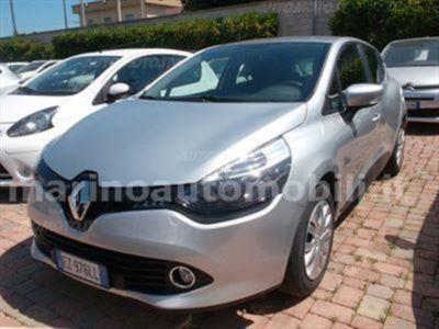 usata Renault Clio 1.2 75CV 5 porte Wave del 2015 usata a Bari