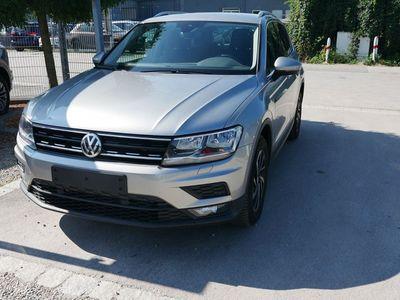 usata VW Tiguan 1.5 Tsi Act Join * Ahk * Acc * Navi * Pdc * Sitzheizung * Climatronic * 5 Jahre Garantie