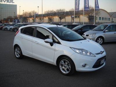 gebraucht Ford Fiesta usata del 2011 a Verona, Km 57.000
