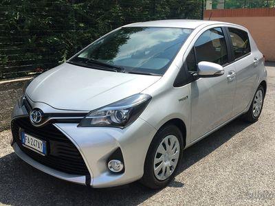 gebraucht Toyota Yaris Hybrid Active