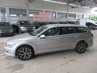 gebraucht VW Passat VARIANT 2.0 TDI 140kW Executive BMT DSG