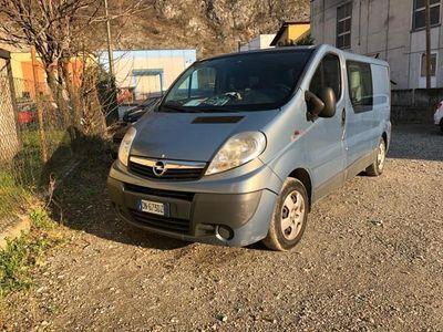 usado Opel Vivaro 29 2.0 CDTI 120CV PL-TN Combi Sem