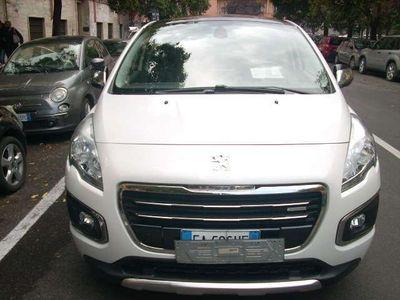 usata Peugeot 3008 HYbrid4