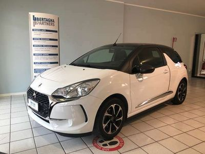 usata DS Automobiles DS3 Cabriolet BlueHDi 100 So Chic
