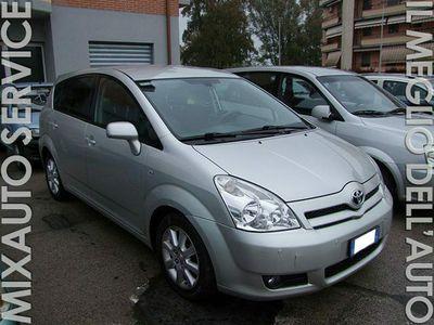 usata Toyota Corolla Verso 2.2 D-4D 100kw Sol EU4