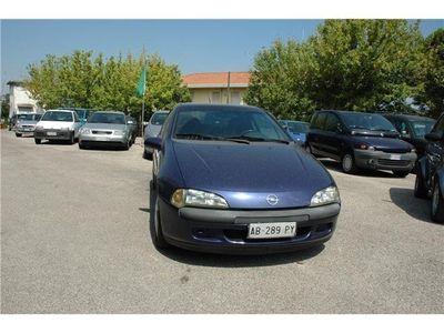 usata Opel Tigra 1.4i 16V 90 cv