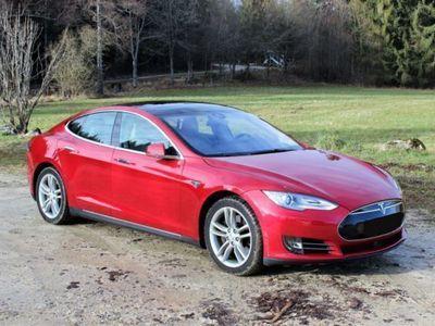 usata Tesla Model S 85 Autopilot