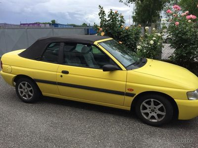 second-hand Ford Escort Cabriolet