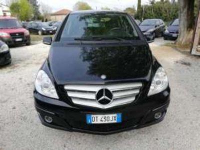 usata Mercedes B180 ngt blueefficiency chrome benzina/metano