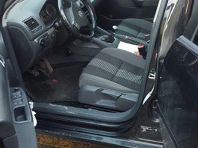 usado VW Golf V Golf 1.6 16V FSI 5p. Comfortline