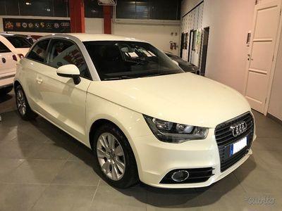 gebraucht Audi A1 1.6 TDI 105 CV Ambition