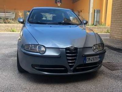 usata Alfa Romeo 147 1.9 JTD (115 CV) cat 3p. Distinctive