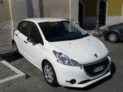 used Peugeot 208 van IVA ESPOSTA