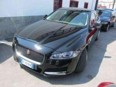 usata Jaguar XF 2.0d 180cv AWD autom Prestige PELLE NAVI XENO KM C