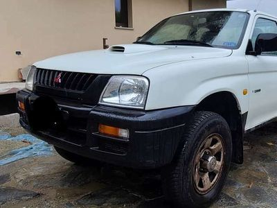usata Mitsubishi L200 2.5 TDI 4WD Club Cab Pick-up GL