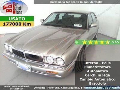 usata Jaguar XJ Executive 1998 4.0 B 284CV 5Aut 4P Argento