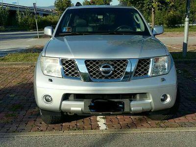 usata Nissan Pathfinder 2.5 dCi Platinum