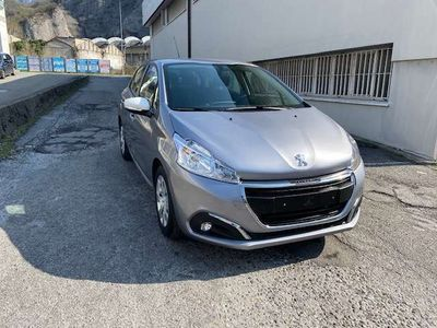 usata Peugeot 208 PureTech 82 5 porte Allure *3500 km*