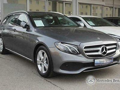 usado Mercedes E220 t avantgarde autom.