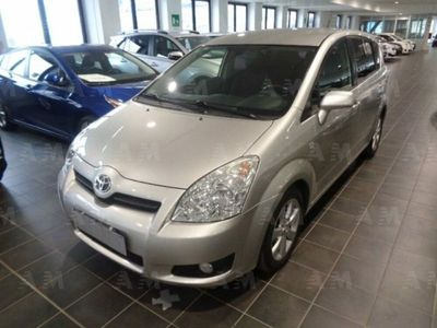usata Toyota Corolla Verso 2.2 16V D-4D DPF Luna