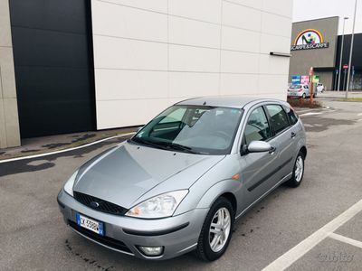 second-hand Ford Focus 1.8 diesel manuale anno 11.12.2004