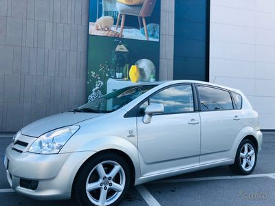usata Toyota Verso 2.0 diesel manuale clima radio cd