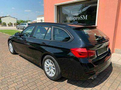 usata BMW 320 d Touring 2019 EURO6C FULL LED