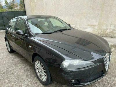 usata Alfa Romeo 147 1471.9 JTD M-JET 16V 5p. Distinctive