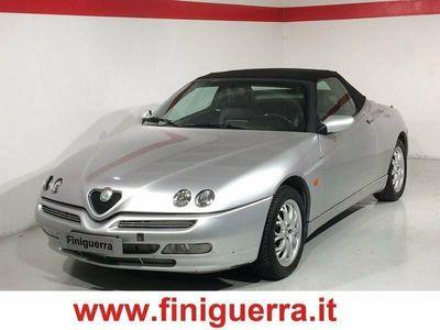 usata Alfa Romeo Spider 2.0i 16V Twin Spark cat L del 1996 usata a Civate