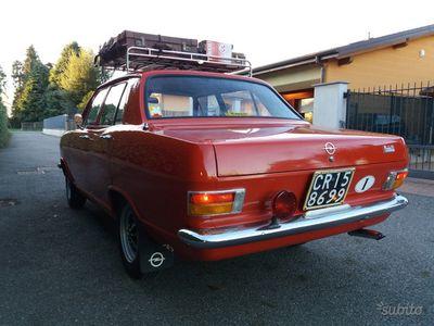 used Opel Kadett B del 1972 uso quotidiano, restaurata