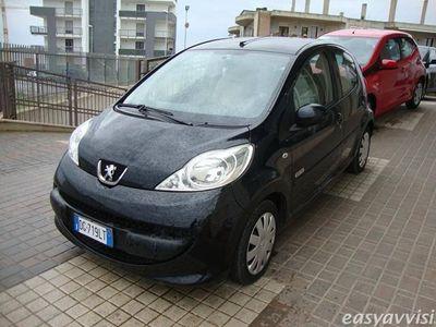 usata Peugeot 107 5p. sweet years benzina due volumi oro