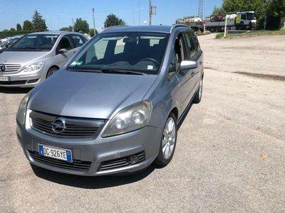 usata Opel Zafira 1.9 CDTI 120CV Enjoy