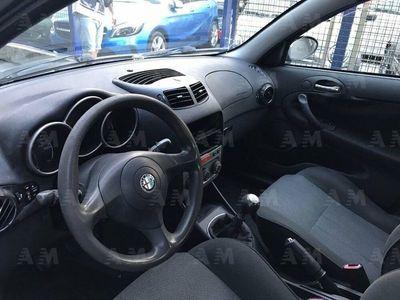 käytetty Alfa Romeo 147 1.9 JTD (115 CV) cat 5p. Distinctive*Pelle*Unicopr