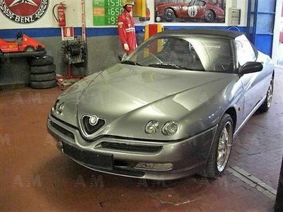 usata Alfa Romeo Spider 1.8i 16V Twin Spark cat usato