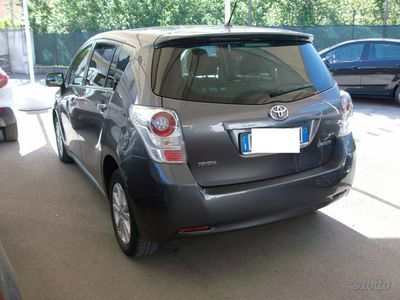 brugt Toyota Verso 2.0 D 7 POSTI - 2012