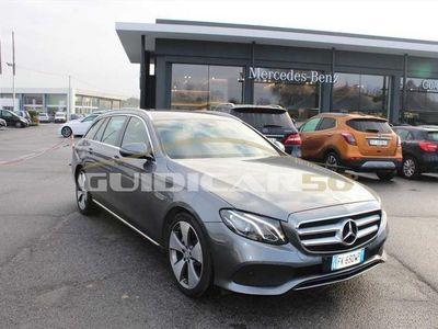 usata Mercedes 220 E SWBusiness Sport auto