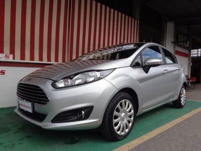 begagnad Ford Fiesta 1.5 TDCi 75CV 5 porte NEOPATENTATI Titanium