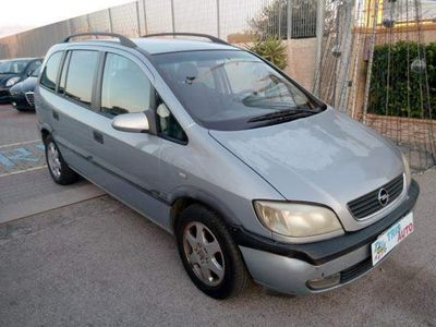 usata Opel Zafira 16V DTI Elegance