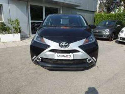 usata Toyota Aygo 1.0 VVT-i 72 CV 5 porte x-business Benzina