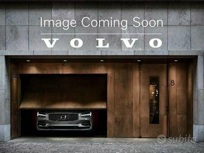usata Volvo XC60 B4 (d) AWD Geartronic Momentum