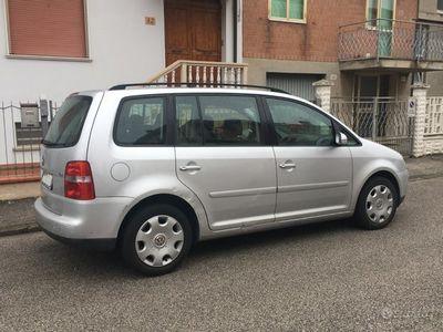 usata VW Touran - UNIPROPRIETARIO