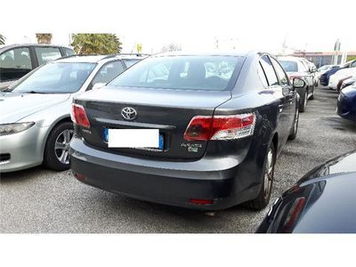 usata Toyota Avensis 2.0 D-4D Sol Plus