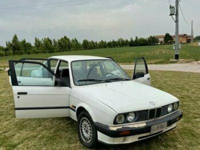 usata BMW 316 e30 i metano