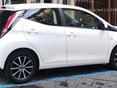 usata Toyota Aygo Aygo 1.0 VVT-i 72 CV 5 porte x-play