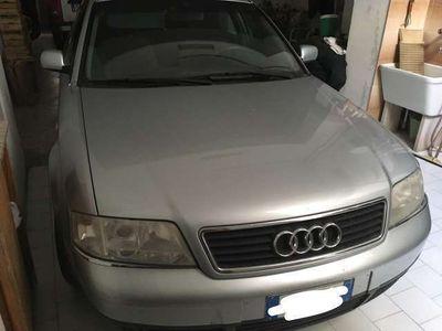usata Audi A6 1.9 TDI cat Avant Ambiente