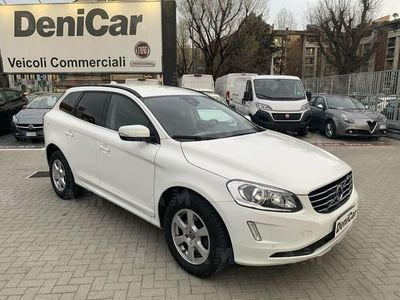 usata Volvo XC60 D5 AWD Geartronic Momentum