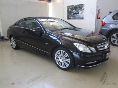 usado Mercedes E220 COUPE' AVANTGARDE - 2011 -